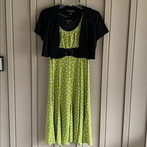 Green & White Polka Dot Perceptions Dress size 6